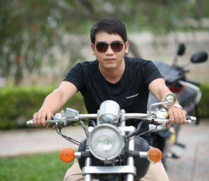 バイクとサングラス